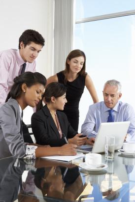 Personalvermittlung ist die optimale Ergänzung zu Ihren Rekrutierungswegen. Die Personalvermittlung der Jobs und Karriere unterstützt Sie bei der Kandidatenfindung, der Kandidatenauswahl und der Entscheidung.